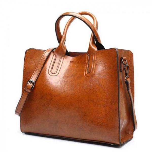 Women's elegant leather shoulder bag