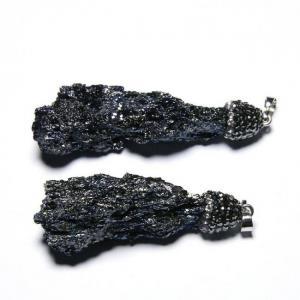 The black rocks pendant unique natural tektite meteorites mineral specimens home decoration healing energy stone