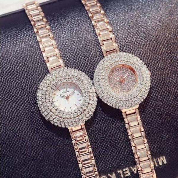 Fashion women stainless steel belt ladies golden quartz wrist watches