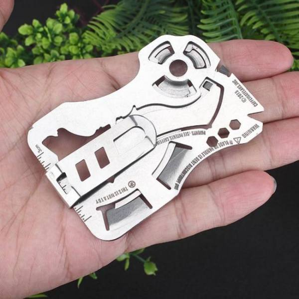 Creative wolf head fly-off multi-function combination tool 440 stainless steel wallet card knife edc portable pocket tools 1pcs